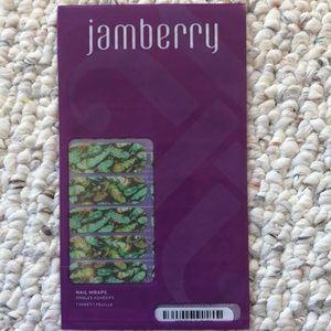 Feather Jamberry nail wraps